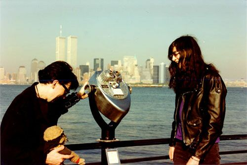 Liberty Island, New York, USA 03.10.90 (Chris Stein & Joey Ramone)
