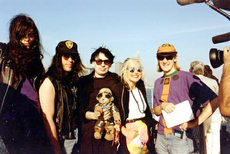 Liberty Island, New York, USA 03.10.90 (Joey Ramone, Marky Ramone, Chris Stein, Debbie Harry)