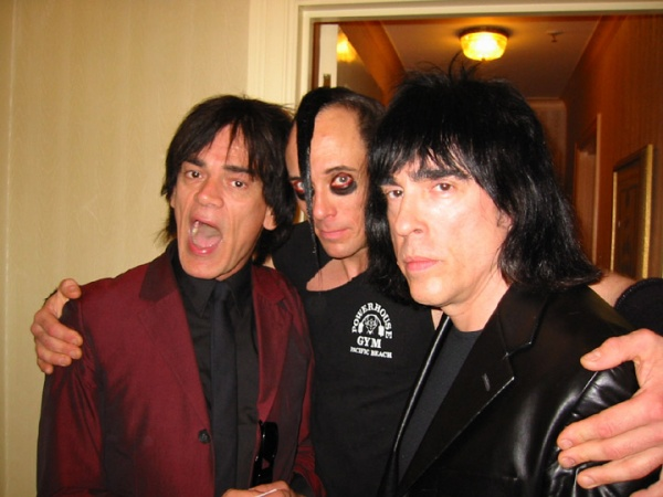The Waldorf Astoria Hotel, New York, USA 18.03.02 (Dee Dee Ramone, Jerry Only, Marky Ramone)