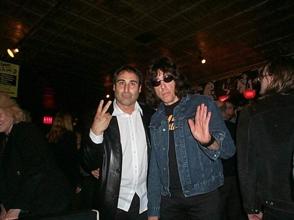 Continental, New York, USA 18.03.03 (Paul Blaccard & Marky Ramone)