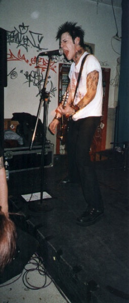 Cafe central, Weinheim, Germany 12.04.01 (Christian Black)